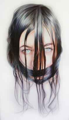 Storytellers: Intriguing Portraits by Roos van der Vliet