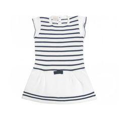 Vestido de punto en rayas de Paz Rodríguez para niña Encuéntralo en www.pepaonline.com