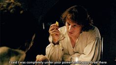 When he fed Claire cheese and seduced us all. | 18 Times Jamie Fraser Made You Thirsty AF