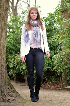 Window On My Wardrobe: White blazer, black coated jeans and a pastel floral scarf