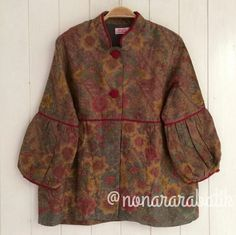 Nonarara4 Batik Blazer, Blouse Batik, Batik Dress, Blouse Dress, Casual Formal Dresses, Simple Dresses, Batik Fashion, Hijab Fashion, Model Baju Batik