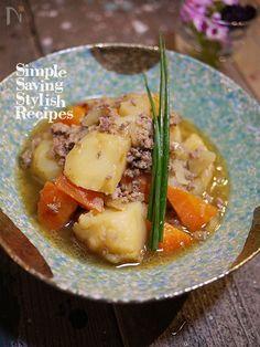基本の和食から 煮物の代表選手 肉じゃがレシピ  我が家の肉じゃがはそぼろ仕立てです  味の染み込んだジャガイモとお肉のハーモニーが最高!
