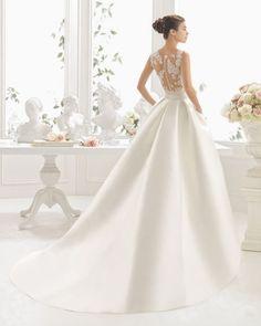 35 vestidos de noiva com bolsos 2017 que vai querer usar. Descubra-os! Image: 5
