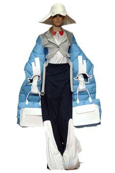Weird Fashion, Unique Fashion, Fashion Art, New Fashion, Runway Fashion, High Fashion, Fashion Show, Womens Fashion, Fashion Design