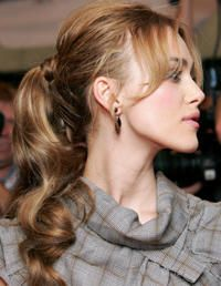 10 Stylish Ways to Wear a Ponytail