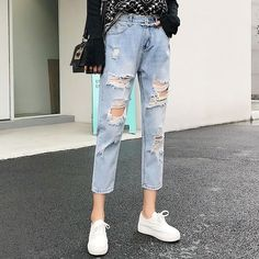 Ripped Jeans For Women Blue Loose Vintage Female Fashion Women High Waist New Style Baggy Mom Jeans Women Pants Casual Jeans Loose Jeans, Lässigen Jeans, Denim Pants, Vintage Mom Jeans, Vintage Ladies, Jeans Boyfriend, Jeans Skirt Outfit, Trousers Women, Pants For Women
