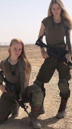 50 Beautiful Army Women With Without Uniform Looking Stunning Idf Women, Military Women, Mädchen In Uniform, Amazing Women, Beautiful Women, Military Girl, Female Soldier, Girls Uniforms, N Girls