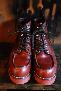 Red Wing Boots, White Boots, Mens Lace Up Boots, Leather Boots, Sneaker Boots, Shoes Sneakers, Fashion Boots, Men's Fashion, Cool Boots