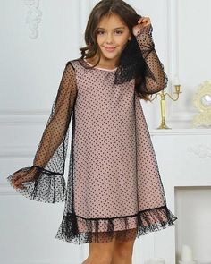 Children's fashion 2019 images, photo trends-Детская мода 2019 образы, тенденции фото Children's fashion 2019 images, photo trends - Baby Girl Dresses, Baby Dress, Cute Little Girl Dresses, Baby Outfits, Black Skirt Casual, Black Skirts, Black Maxi, Dress Black, Skirt Outfits