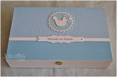 Jujusca Crafts: Caixa para vela e toalha - Batizado - Duarte