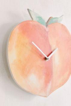 Peach Rooms, Peach Bedroom, Peach Walls, Colorful Kitchen Decor, Kitchen Colors, Wall Clock Urban Outfitters, Color Durazno, Peach Decor, Peach Kitchen