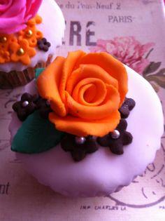 Cupcake Rosa en Fondant