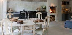 Aga roomset, Kitchen with open fireplace. Aga Kitchen, Dutch Kitchen, Kitchen Stuff, Kitchen Ideas, Best Cooker, Aga Cooker, Aga Stove, Belgian Style, Miniature Kitchen
