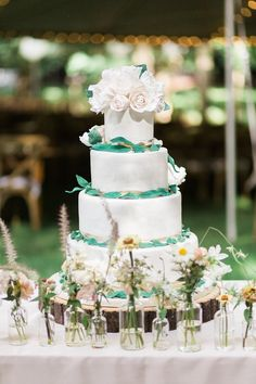 whimsical wedding cakes - http://ruffledblog.com/woodland-garden-wedding