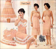 Decorative slips and feminine lingerie. Vintage Slip, Moda Vintage, Vintage Fur, Vintage Mode, Vintage Girls, Classic Lingerie, Retro Lingerie, Lingerie Slips, 1950s Style
