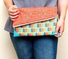 Como hacer una cartera de mano colorida