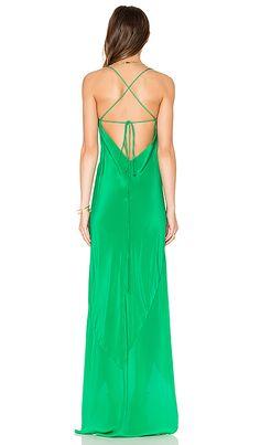 Comprar Michelle Mason Bias Ruffle Gown em Verde Kelly at REVOLVE. Devolução e envio de 2 a 3 dias grátis, correspondência de preço de 30 dias garantida