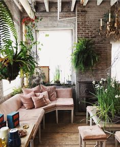 Trendy Bedroom Cosy Boho Loft Ideas - All About Balcony Decor, Patio Design, Boho Loft, Home, Apartment Furniture, Apartment Patio, Apartment Plants, Home Decor, Cool Apartments