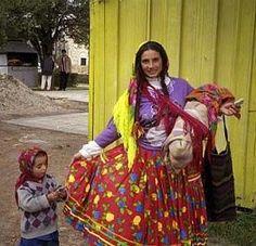 Gypsy mother and child,Romania Gypsy Caravan, Gypsy Wagon, Gypsy Trailer, Gypsy Life, Gypsy Soul, Romanichal Gypsy, Gypsy People, Gypsy Culture, Vintage Gypsy