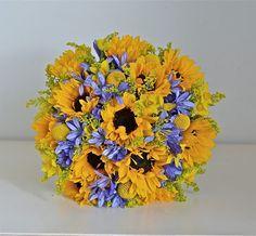 Wedding Flowers Blog: Emma's Yellow and Blue Wedding Flowers