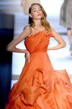 Christian Dior at Paris Fashion Week Fall 2007 - Runway Photos Orange Outfits, Orange Dress, Christian Dior, Orange Is The New Black, Paris Fashion, High Fashion, Orange Aesthetic, Color Naranja, Orange Fashion
