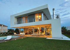 Vanguarda Architects. Más info y fotos en www.PortaldeArquitectos.com