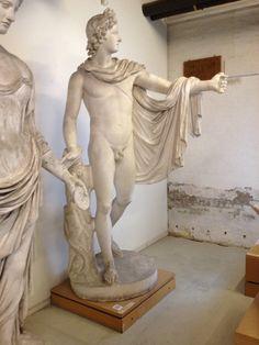 Apollon belvedere. Græsk, klassisk ca. 330 fvt. Romersk kopi.