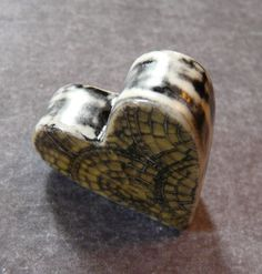 Image of Hollow Double Sided Heart Box Bead in Amber - Mosaic