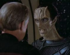 Captain Jellico (Ronny Cox) facing off with Gul Lemec (John Durbin) in Chain Of Command, 1992.