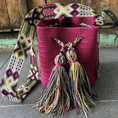 Tapestry Bag, Tapestry Crochet, Inkle Weaving, Hippie Bags, Crochet Handbags, Mini Purse, Embroidery Techniques, Diy Crochet, Yarn Crafts