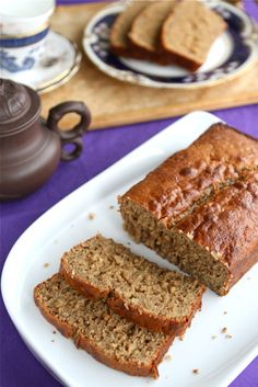 Peanut Butter & Banana Whole Wheat Quick Bread // Makes a fantastic hostess gift or present!