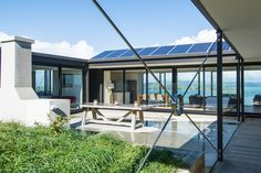 Box™ is an NZIA architectural practice & Registered Master Builder. Check out some of our most inspiring designs and outstanding build projects. Outside Living, Outdoor Living, Building Design, Building A House, Interior Fit Out, Architecture Plan, Glass House, Deco, Indoor Outdoor