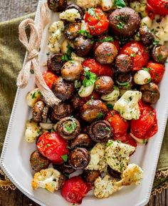 Italian Roasted Mushrooms And Veggies | 16 Christmas Dinner Ideas Guaranteed To Make Your Night Memorable by Homemade Recipes at http://homemaderecipes.com/cooking-102/seasonalholiday-recipes/16-christmas-dinner-recipes/