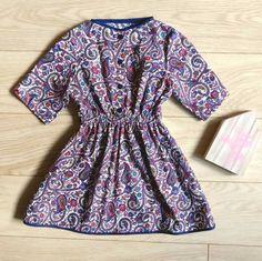 Fancy purple dress with sleeves for a stylish 3-4 year old. #toddlerdress #dress3t #dress4t #girlboss #ethnicdress #ethnicfabric #handmadeclothing #handmade #KelakarClothing #etsyantwerp