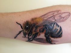 Realistic bee!