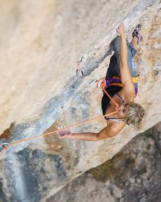 """www.boulderingonline.pl Rock climbing and bouldering pictures and news """"We are having a bla"""