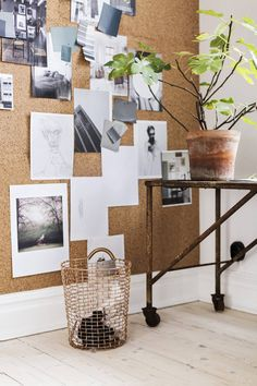 I'm currently starting with my small home office restyling. Here I'm listing some cool home office decorating ideas for an home office with style - ITALIANBARK Sweet Home, Office Walls, Office Decor, Bedroom Office, Office Ideas, Interior Office, Ideas Dormitorios, Cork Wall, Student House