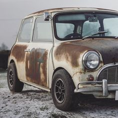 Have A Look At These Absolute Beauties Cooper Car, Mini Cooper S, Mini Morris, Mini Countryman, Modified Cars, Classic Mini, Old Skool, Custom Cars, Photo Credit