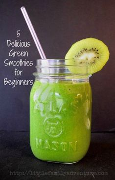 5 Delicious Green Smoothie Recipes for Beginners Real Food c;ean eating healthy vegetarian For more smoothie information, click the link. Smoothie Fruit, Healthy Fruit Smoothies, Smoothie Drinks, Healthy Fruits, Healthy Drinks, Healthy Life, Healthy Snacks, Healthy Eating, Smoothies Verts