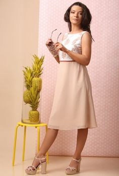 A dress to impress SUMMER 17 | YOKKO #eveningdress #veil #satin #lace #organza #beige #summer17 #women #beauty #weddings #cocktail #party #yokko #fashion