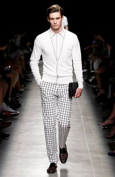 The Male Advantage - Bottega Veneta Spring-Summer 2014 Collection (3 Faves) http://toyastales.blogspot.com/2013/06/the-male-advantage-bottega-veneta.html My heart skips a beat when I lay eyes on a well-dressed man. To me, nothing is more sexier than seeing a man in something tailored, sharp and crisp. Bottega Veneta's spring/summer collection for 2014 fits the bill.  Fellas take notes... #men #fashion #resort2014 #BottegaVeneta #style