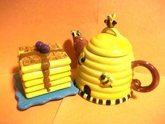Debbie Mumm Sakura China bee hive teapot & yellow pancakes honey pot