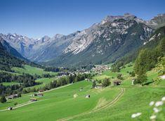 Ob beim Wandern, Biken oder schwimmen im Bergsee das Wipptal bietet einzigartige unberührte Natur im Herzen von Tirol. Es gibt unzählige Berggipfel zu erklimmen und die Kultur der Bergsteigerdörfer genießen. Thailand Travel, Golf Courses, Wanderlust, Camping, Mountains, Demons, Rest, Holiday, Travel