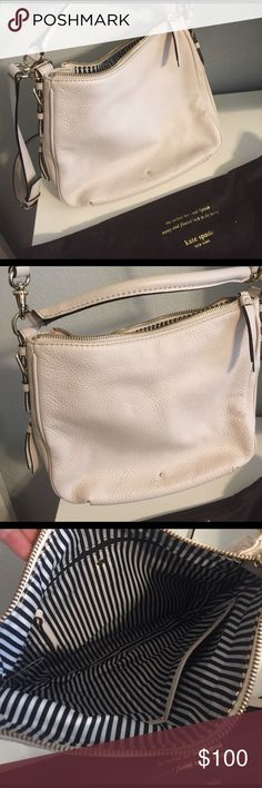 Kate Spade cream leather purse Small Ella cross body purse with back zipper pocket and zip across the top kate spade Bags Crossbody Bags
