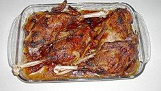 Crispy roasted goose leg – recipe – Recipes And Desserts Fish Recipes, Vegetable Recipes, Paleo Recipes, Asian Recipes, Chicken Recipes, Recipe Chicken, Bread Recipes, Indian Pudding, German Recipes