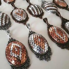 Tel kırma sevenlere gelsin. @zerem_nakis yapmış. #10marifet #telkırma #telkirma Jewelery, Drop Earrings, Embroidery, Closet, Fashion, Jewlery, Moda, Jewels, Needlepoint
