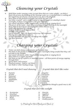 Learn to Be a Master Reiki Healer - Amazing Secret Discovered by Middle-Aged Construction Worker Releases Healing Energy Through The Palm of His Hands. Cures Diseases and Ailments Just By Touching Them. And Even Heals People Over Vast Distances. Crystal Tree, Crystal Magic, Crystals And Gemstones, Stones And Crystals, Les Chakras, Reiki Healer, Crystal Healing Stones, Crystal Pendulum, Clear Quartz Crystal