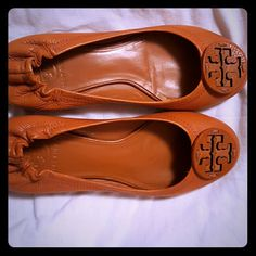 Tory Burch shoed All leather orange Tory Burch shoes/ worn one time Tory Burch Shoes Flats & Loafers