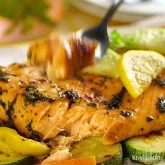 Papillote of potatoes, mushrooms and red onions - Healthy Food Mom Salmon Recipes, Fish Recipes, Seafood Recipes, Mexican Food Recipes, Kitchen Recipes, Gourmet Recipes, Cooking Recipes, Healthy Recipes, Soft Tortilla