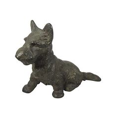 Pre-Owned Hubley Cast Iron Scottie Dog Doorstop ($335) ❤ liked on Polyvore featuring home, home decor, black, decorative accessories, cast iron animal door stops, cast iron figurines, scottie dog doorstop, cast iron door stops and black home decor
